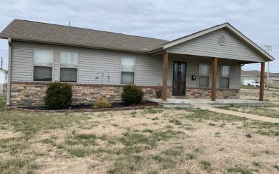 2410 S. JOPLIN – VERY NICE 3 BEDROOM 2 BATH IN JOPLIN